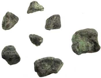 1 lb Emerald untumbled stones