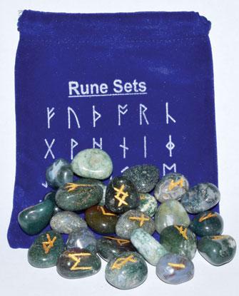 Moss Agate rune set